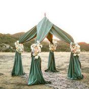 Изумрудная арка на свадьбу