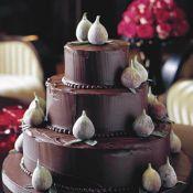Свадебный торт «Трюфельный бархат»