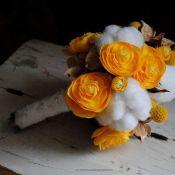 зимний свадебный букет в желтом цвете