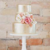 свадебный торт перламутровый