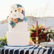 торт на свадьбу цветы