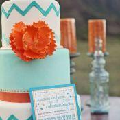 свадебный торт оранжевый цветок