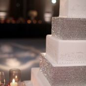 торт на свадьбу серебро