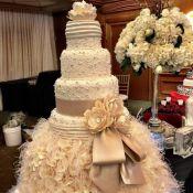 торт на свадьбу королевский