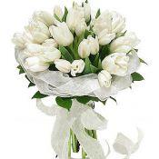 Букет на свадьбу  весенний с тюльпанами
